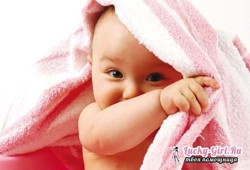 Маленькие белые прыщики на лице, на носу у новорожденного  опасны ли они и что с ними делать?