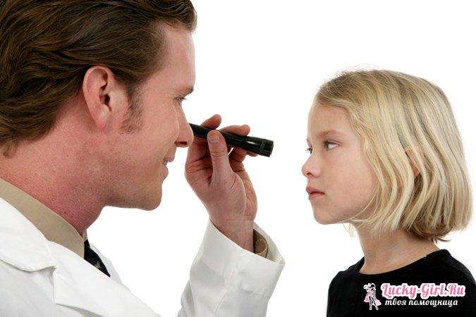 Красные глаза у ребенка: причины и лечение