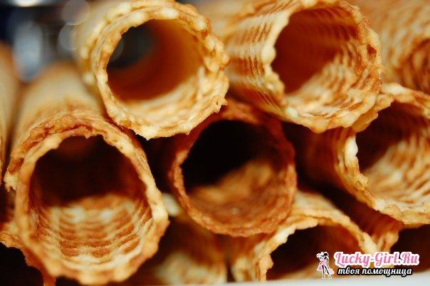 Вафельные трубочки: рецепт. Как приготовить вафельные трубочки со сгущенкой?