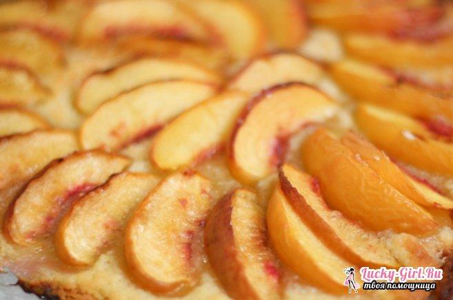 Пирог с персиками консервированными. Рецепты на любой вкус