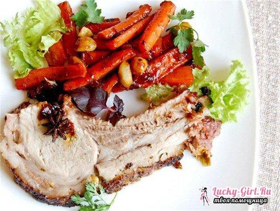 Корейка свиная в духовке: 3 рецепта аппетитного блюда