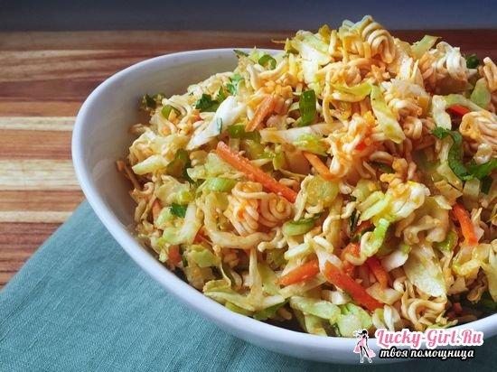 Салат из лапши быстрого приготовления: классический рецепт