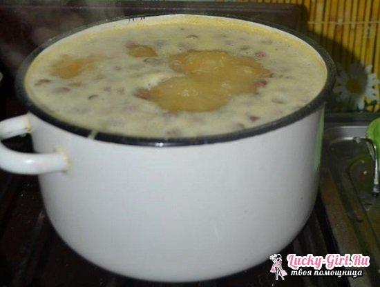 Гороховый суп с копченой колбасой: рецепты приготовления в кастрюле и мультиварке