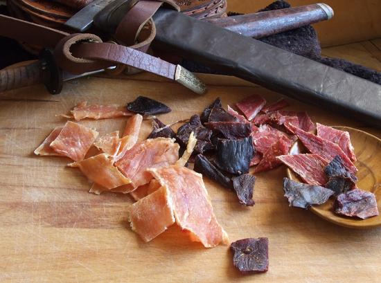 Как в домашних условиях правильно вялить и сушить мясо: простые рецепты
