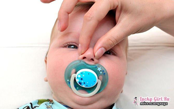 Новорожденный ребенок хрюкает носом но соплей нет
