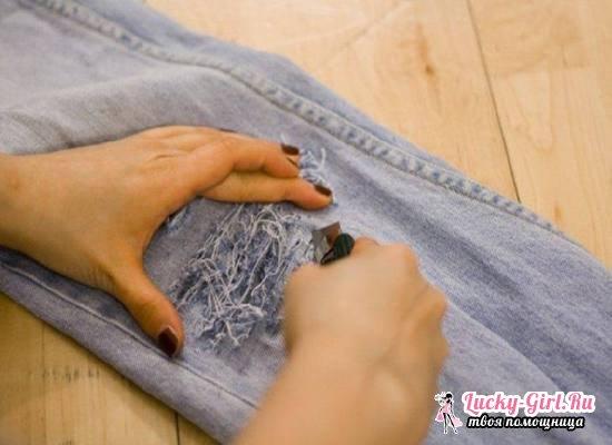 Джинсы рваные своими руками: пошаговая инструкция