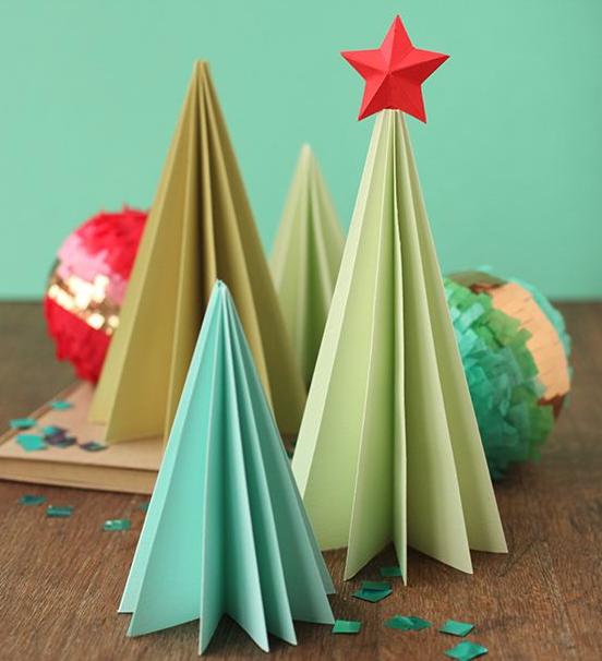 Елка своими руками. Как сделать новогоднюю елку из подручных материалов?