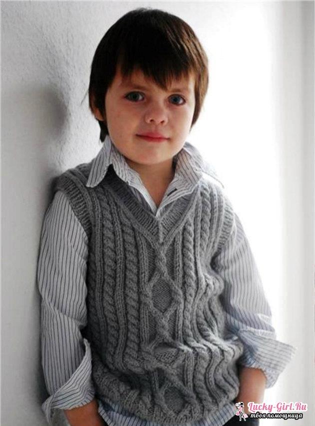 Безрукавка спицами для мальчика. Как связать спицами по готовому описанию?