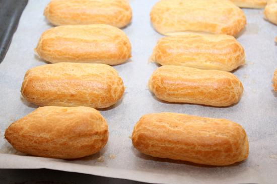 Как приготовить заварное тесто для эклеров: пошаговый рецепт