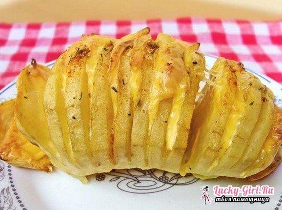 Можно ли, сколько и как запечь картошку в микроволновке в мундире и без кожуры?